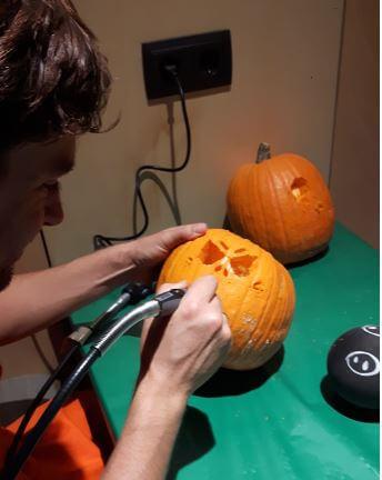 Taller de calabazas para Halloween